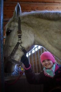 Lillian mit Pferd